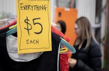 Phiên chợ quần áo cũ độc đáo New To you – Pre-loved Your Clothing Market