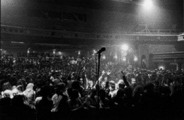 THAM DỰ MIỄN PHÍ: Triển lãm âm nhạc Australian Music Vault